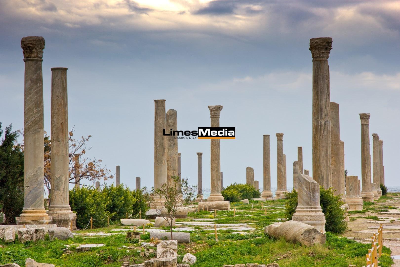 Historic ruins of Tyre, Lebanon | Historische Staette Sur, Libanon